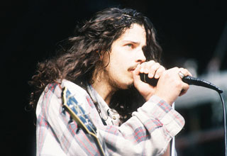 Chris Cornell on Stage - isolated vocal tracks from Black Hole Sun
