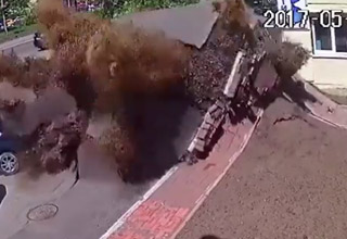 huge explosion of sewer pipe in ukraine