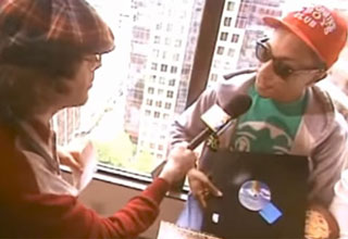 Nardwuar Blows Peoples Minds With His Interview Questions