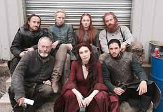 game of thrones stars get turned into a serious photoshop battle