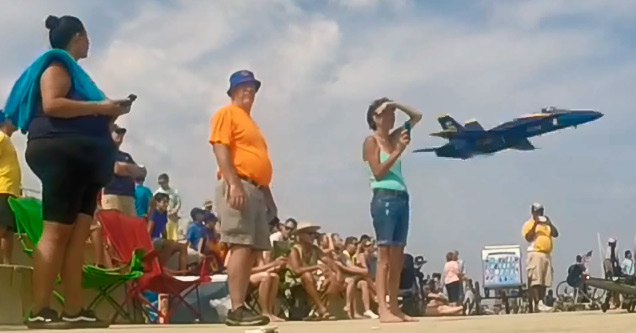Blue Angel Scares The Crap Out of Spectators