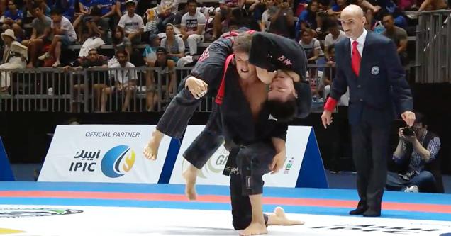 loop choke jui jitsu move