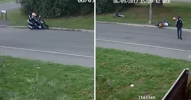 bike thieves slam into pole