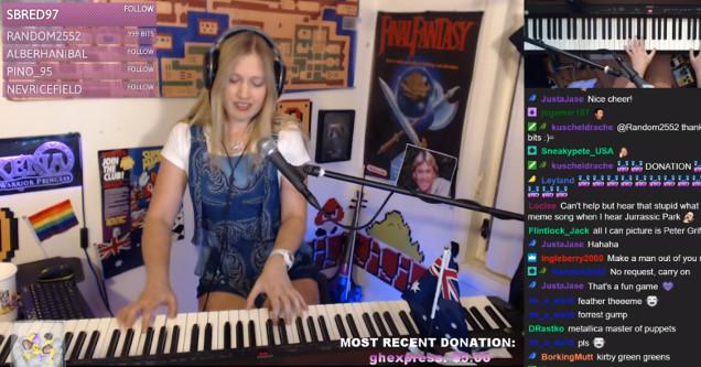 Lara 6683 piano.