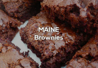 Brownies with the text Maine brownies
