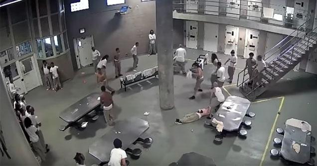 super max prison jail fight
