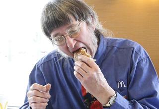 Don Gorske eats 30000th big mac