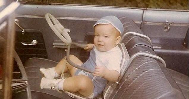 retro baby carseat