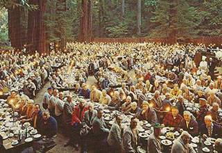 picture of men gathered at the bohemian grove