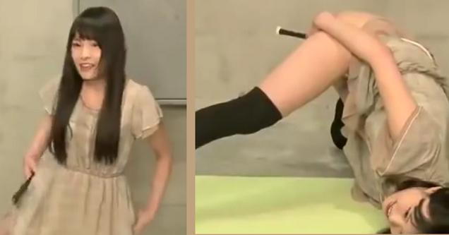 girl playing withwet vagina