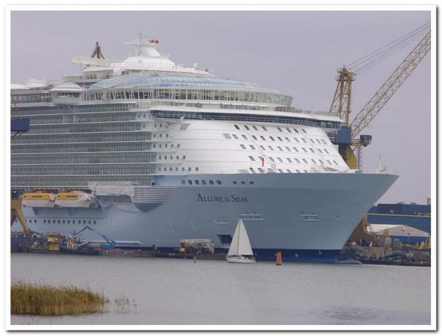 Biggest Cruise Ship Ever Built  Gallery  EBaum39s World