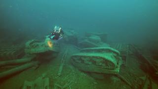 Diver finds WW2 Sherman Tanks Grave Yard view on ebaumsworld.com tube online.