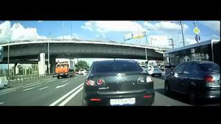 Good old fashion Russian road rage! view on ebaumsworld.com tube online.