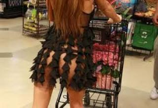 Weird And WTF People Of Walmart
