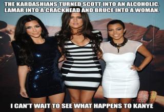 kim, clohe, Kardashian sisters