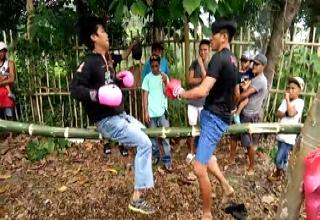 Guys Try Out A New Form Of Boxing