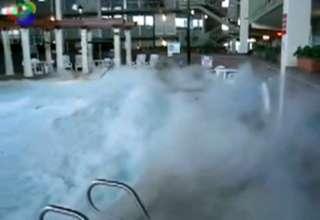 Liquid Nitrogen Into A Pool Video Ebaum 39 S World