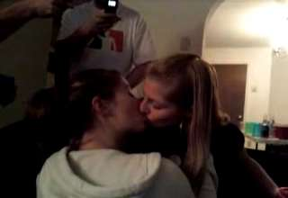 Hot girls making out