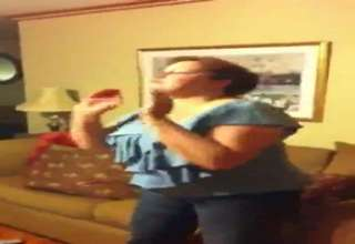 Scotty McCreery mom reaction to her son winning Idol view on ebaumsworld.com tube online.