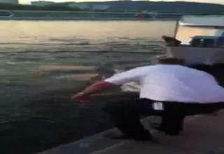 Motorboat Fail view on ebaumsworld.com tube online.