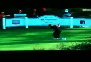 Spectator Yells Mashed Potatos When Tiger Woods Takes Shot