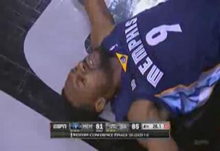 Tony Allen Pretends His Head Hits The Court