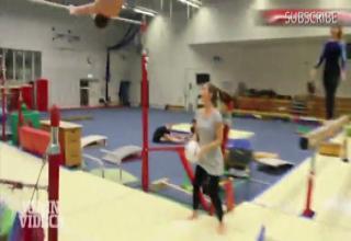 Sexy Gymnast Thumbs 45