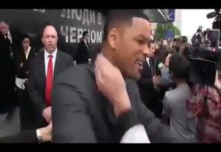 Will Smith Slaps Reporter for Kissing him view on ebaumsworld.com tube online.