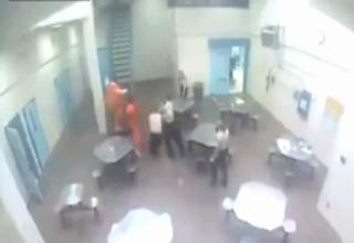 Wisconsin Corrections Officer gets Knocked Out by...