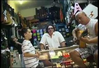 Brendan Macfarlane sings the Blues view on ebaumsworld.com tube online.