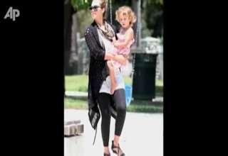 Jessica Alba Talks Babies