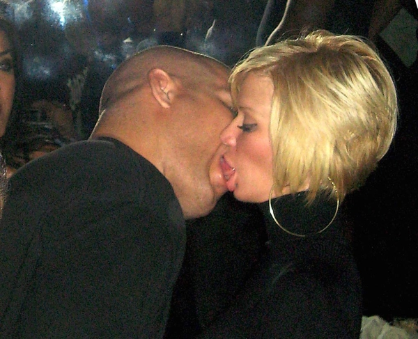 Jenna Jameson and Tito Ortiz at a UFC event; they sure have a lot of class!
