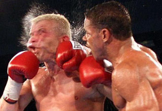 Boxing at-the-right-moment.