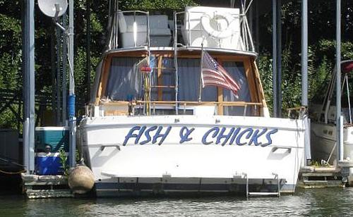 28 31 Funny Boat Names