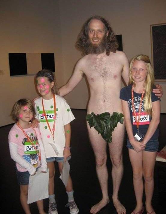 17 Disturbing Family Photos - Funny Gallery  Ebaums World-6219