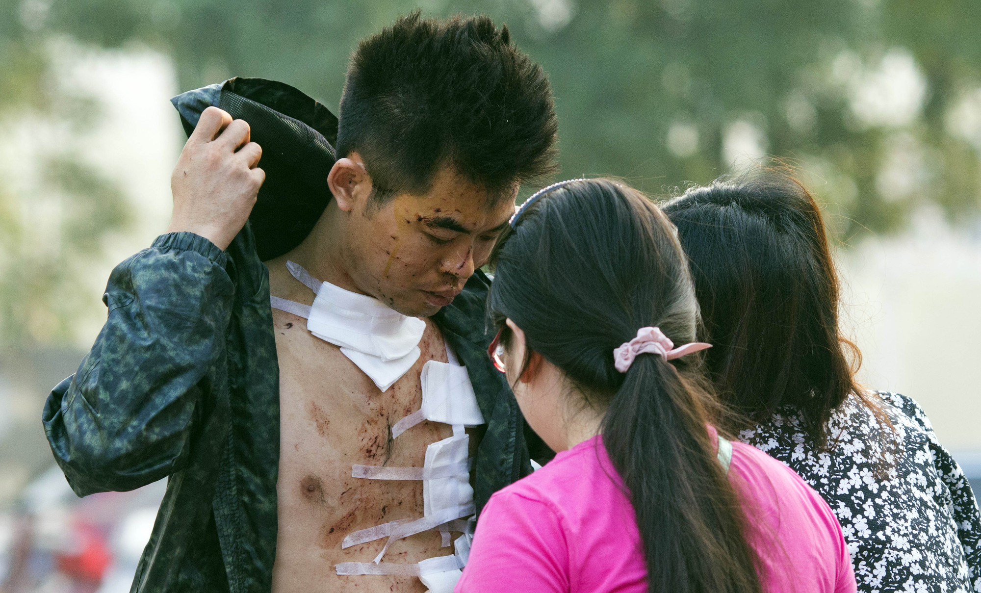 5 - According to the Tianjin government, more than 700 people were injured  by the