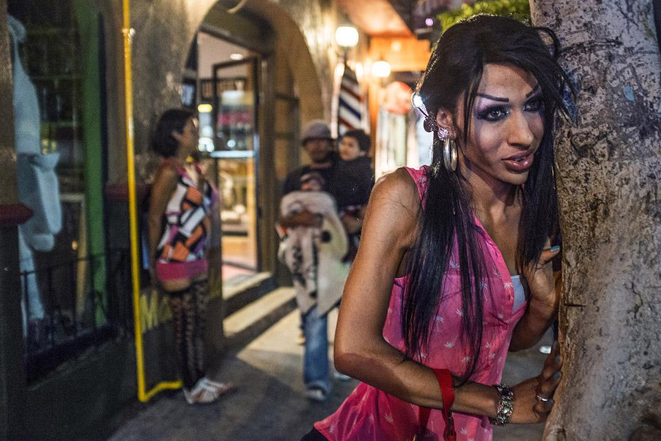 Проститутки мексика номер телефон проститутки