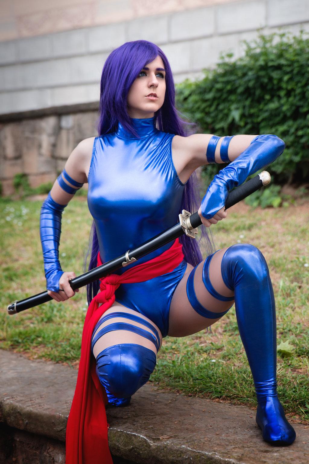Bilderesultat for girl cosplay