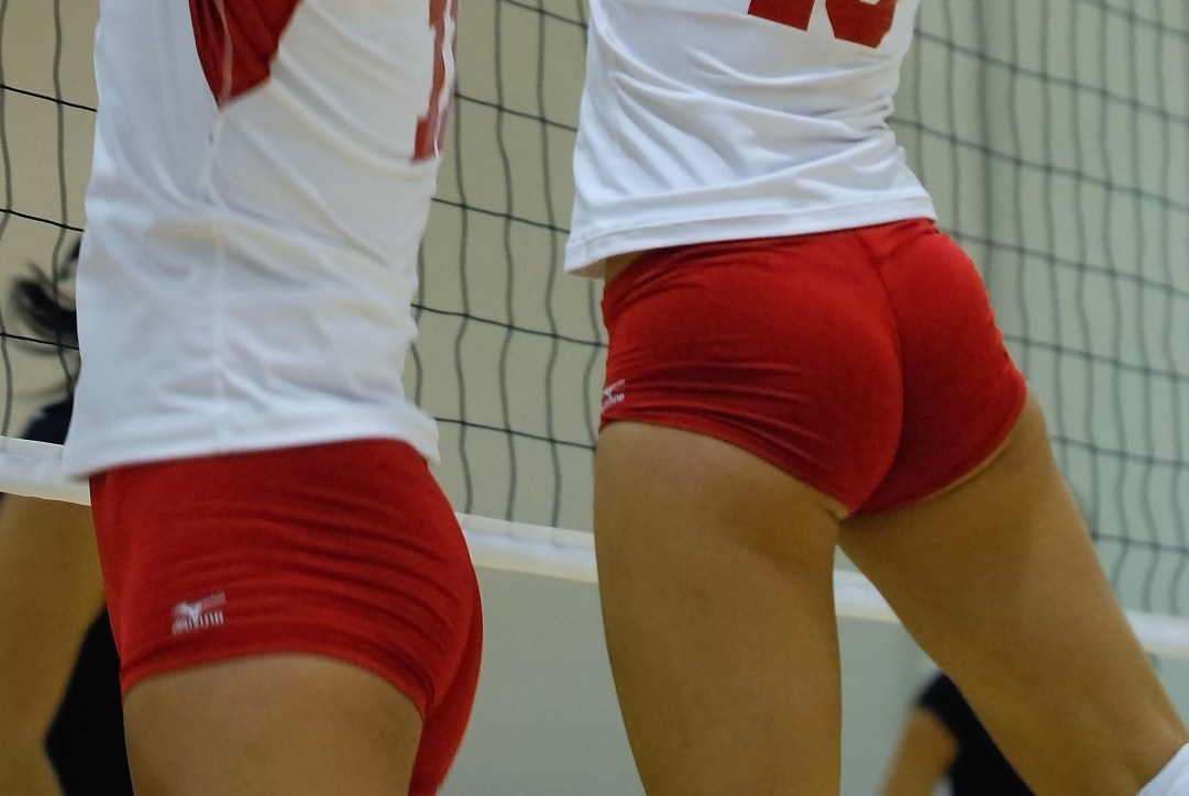 open-nude-girls-in-volleyball-shorts-pantie-lines-sex