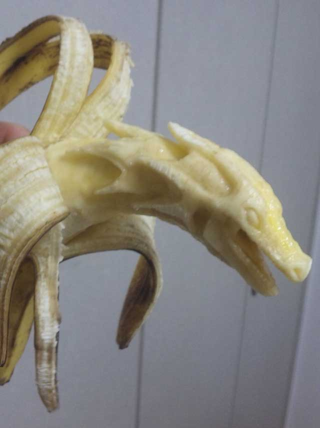 A Dragon carved out of a banana.... amazing?  you be the judge!