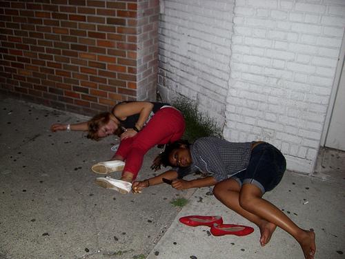 Full drunk teen girl giving