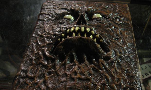 Iconic Horror Movie Props - Gallery | eBaum's World