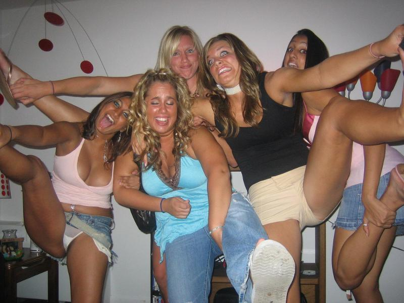 23 - Drunk college party chicks