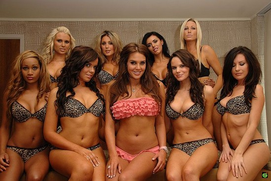Group Of Girls Big Tits - Picture  Ebaums World-7762