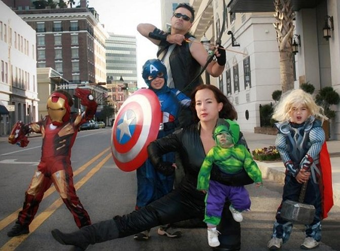 20 Families That Totally Nailed Cosplay Gallery