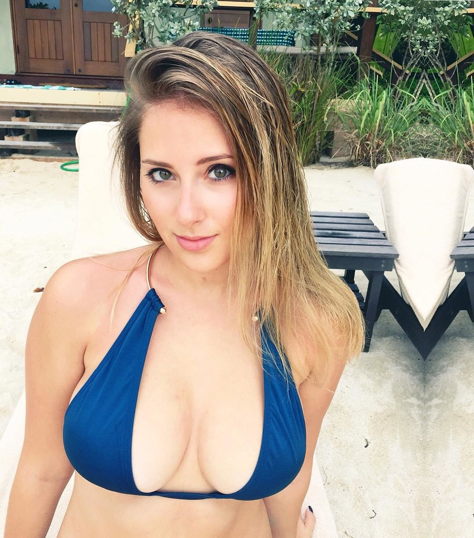 Sexy naked blonde teachers