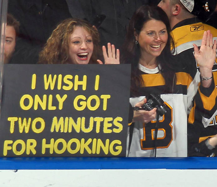 33 Most Savage AF Sports Fan Signs Ever - Funny Gallery