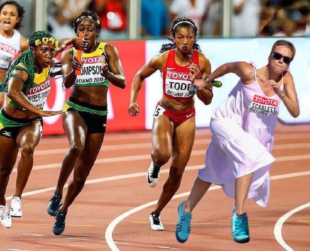 Photoshop Contest #136: Scarlett Jo on the Go