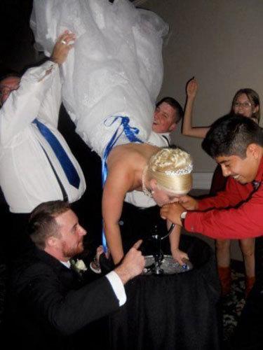 Bilderesultat for wtf bride