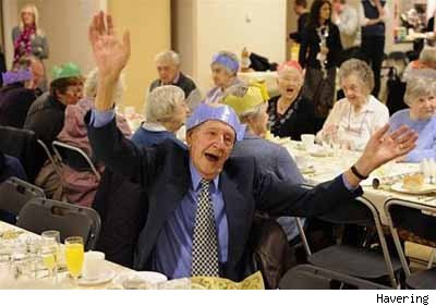 4 25 Old People At Parties